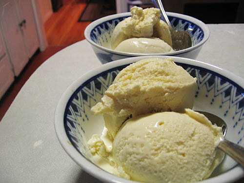 Sesame Ice Cream